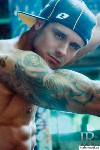 Jason Dean man with tattoos