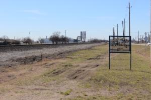 Ponder Train Tracks